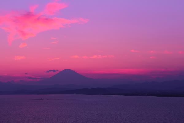 江ノ島シーキャンドルより富士山を望む