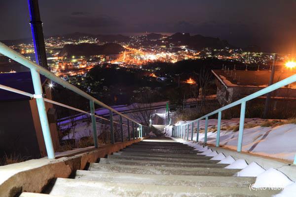測量山展望台 階段からの夜景