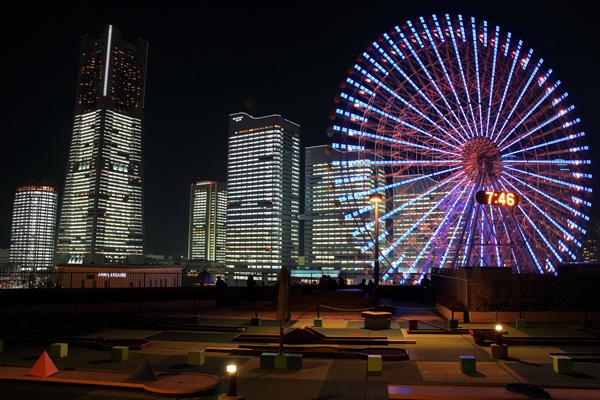 横浜ワールドポーターズルーフガーデンの夜景スポット情報