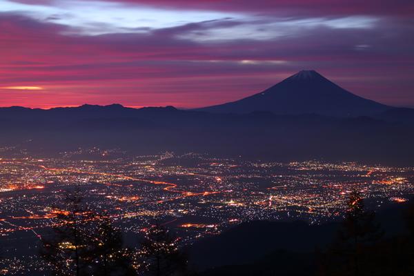 甘利山の夜景スポット情報☆