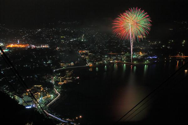 期間限定夜景☆カチカチ山 (天上山公園)の夜景スポット情報