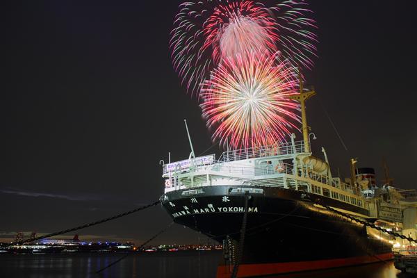 横浜スパークリングトワイライト花火2015