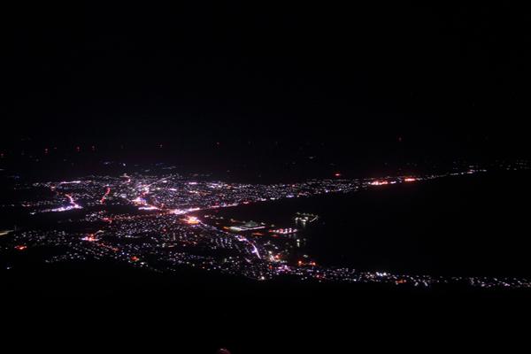 釜臥山の夜景スポット情報