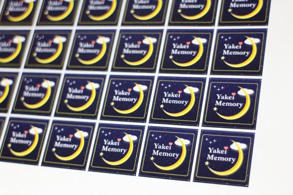 Yakei Memoryの写真展を記念してオリジナルロゴシールが出来ました☆