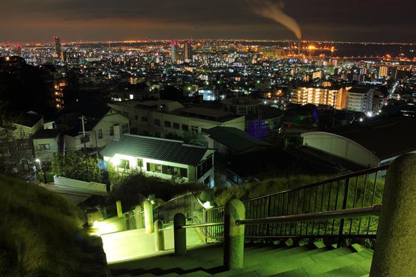 灘丸山公園の夜景スポット情報
