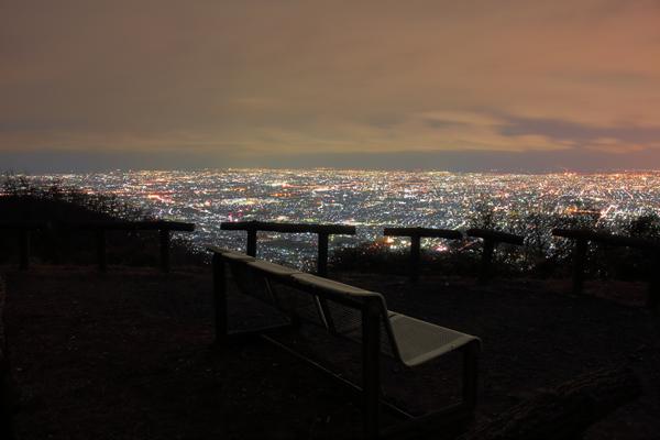 信貴生駒スカイライン 十三峠駐車場