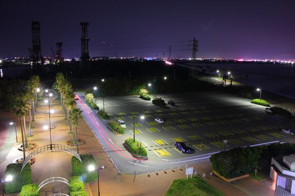 展望塔から駐車場方面を望む