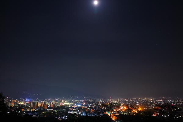 城山公園の夜景スポット情報