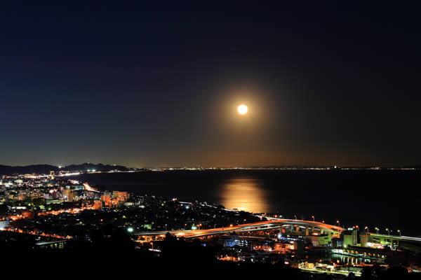 石垣山一夜城の夜景スポット情報